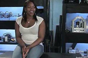 Curvy Ebony Angel Is Cumming On A Fucking Machine Any Porn