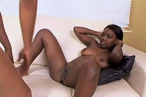 Curvy Black Babes In The Greatest Lesbian Adventure Of Th Any Porn