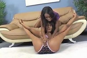 Hot Pussy Licking With Two Ebony Lesbians Free Porn 84